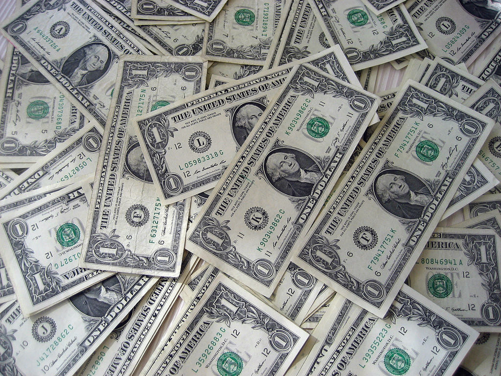 money - GUEST POST - How to Generate Cash in ClickBank for Newcomers!